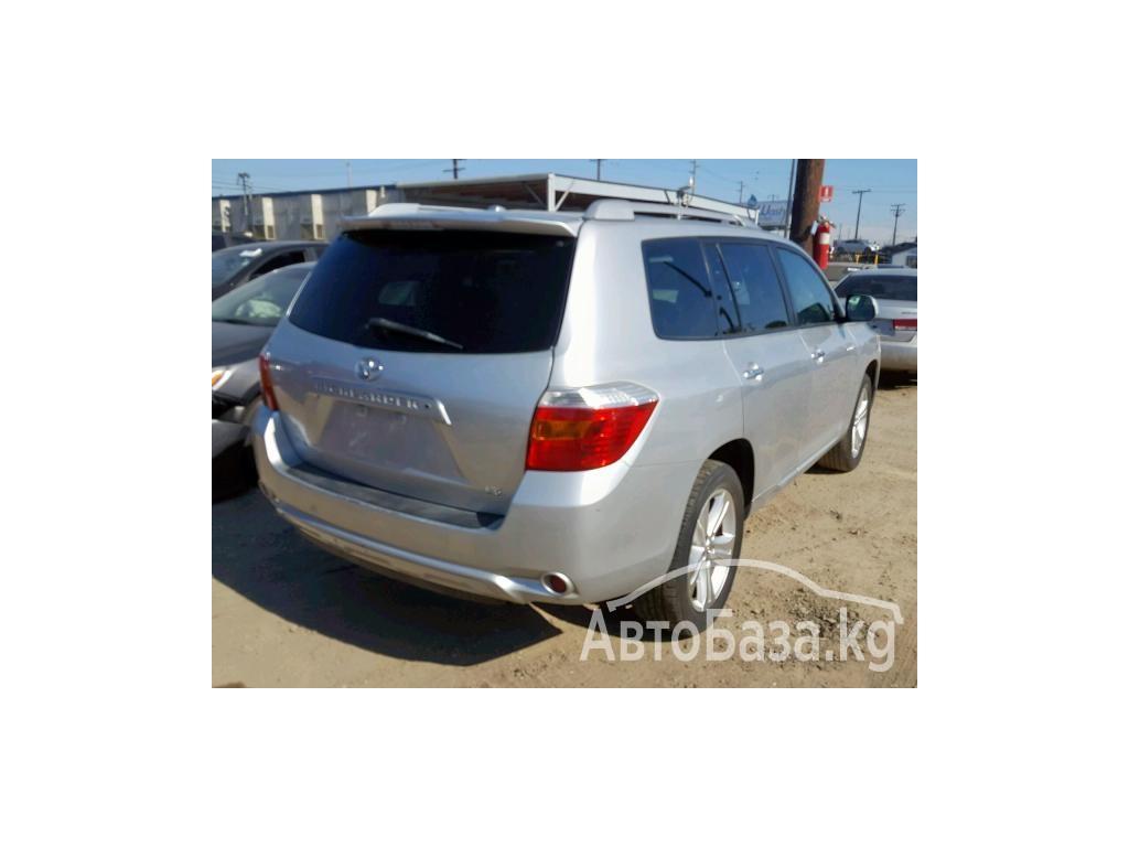 Toyota Highlander 2010 года за ~1 286 800 сом