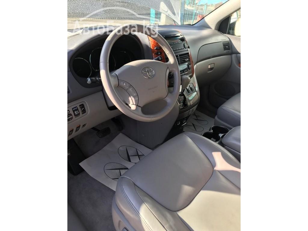 Toyota Sienna 2009 года за ~1 066 200 сом