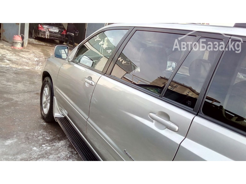 Toyota Highlander 2005 года за ~833 400 сом